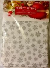 Perfect Setting Table Linens 60 X 84 Oblong 100% Cotton Tablecloth Snowflakes