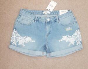 Size 14 denim shorts white floral emblem zip closure buttoned pockets brand new