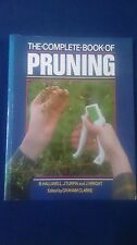 THE COMPLETE BOOK OF PRUNING - B. Halliwell  J. Turpin