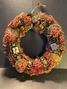 """Vintage 10"""" Bottle Brush Christmas Wreath with Flowers & Presents & Fans"""
