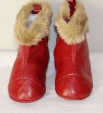 New BABY GAP Girls Boots 3-6 Months Red Faux Fur Booties Shoes NWOB Treads NWOT