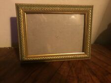 """Vintage Painted Gold Gilt & Green Wooden Picture Art Frame Holds 5"""" x 7"""" Photo"""
