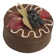 Attrappe Schokoladentorte Blau-/Erdbeeren -  künstliche Torte Kuchen Dekoration