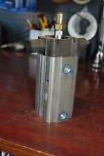 Taiyo Ta50-75-C2, Pneumatic Cylinder, 50mm bore, 75mm Stroke, Trunnion Mount New