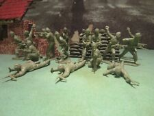 VINTAGE AIRFIX WW2 BRITISH COMMANDOS 1/32 X 19 WITH ALL WEAPON TIPS