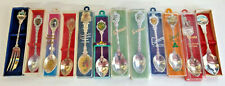 12 x Vintage Souvenir Spoons Lot - Sea World/Tasmania/Singapore/Bundaberg +++