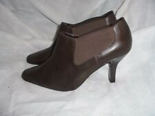 MARKS & SPENCER WOMEN BROWN LEATHER ELASTIC ANKLE BOOTS  SIZE UK 7 EU 40.5 NWOT