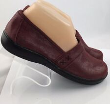 Born BOC clog size 6.5 womens red leather sparkle c95266 shoes wear to work