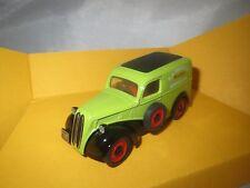 Corgi Classics D980/1  Ford  Popular  Van  (hellgrün)  OVP !!