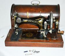 1920's British VICKERS 'Modele De Luxe' Hand Crank Sewing Machine [PL2861]