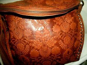 The Sak Silverlake Lovely Embossed Design Large Cognac Leather Crossbody in EUC!