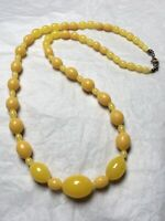 1930s Glass Necklace Yellow Graded Vintage Spring Ring Clasp Jewellery