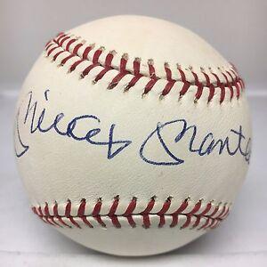 31513 Mickey Mantle Signed Baseball AUTO Autograph JSA LOA NY Yankees HOF
