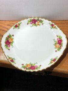 Royal Albert Large Cake dish OLD COUNTRY ROSES PLATES