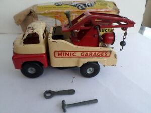 Vintage Tri-ang Minic Garages Crash Truck