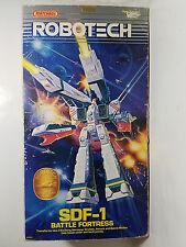 Vintage Bandai Robotech Macross SDF-1 Battle Fortress 1984 Matchbox Figure w BOX
