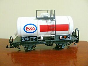 LGB 4040-E Esso Single Dome Tank Car, metal wheels, original box