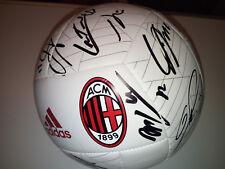 Milan pallone ball signed Bonucci Donnarumma Kalinic Montolivo Abate Locatelli