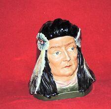 Pot à Tabac. Tête d'indien à la chevelure noire.Fin XIXe  Début XXe. ht 15 cm.