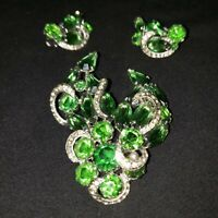 VINTAGE KRAMER Rhinestone Broch/Earrings Signed no missing pieces. NICE