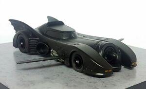 Eaglemoss 1/43 Scale - Batman Returns Movie Batmobile with Wings Diecast Model