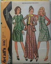 "Vintage 1970s Sewing Pattern Mccall's 3317 Misses' Suit & Blouse UNCUT B34"" 12"