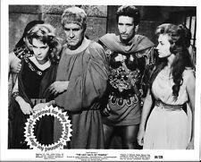Barbara Carroll, Christine Kaufmann, Palmara still LAST DAYS OF POMPEII (1956)