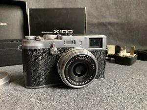 "Fujifilm X Series X100 12.3MP Digital Camera ""Boxed"""