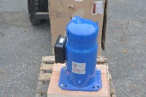 Danfoss SM125S4CC HVAC Compressor R22, 460V, 3 Phase