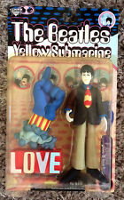 THE BEATLES McFarlane figure PAUL WITH GLOVE & LOVE BASE Yellow Submarine 1999