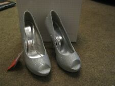 TEATRO PLATFORM OPEN TOE SILVER GLITTER HIGH HEELED SHOES - UK 7 - NEW IN BOX