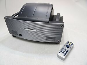 NEC WT610 DLP Projector 97% Lamp Time Remaining with Remote