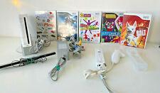 Nintendo Wii Bundle - Console, 5 games & Accessories (SET A)