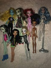 Large Lot Of Happily Ever After Monster High Dolls 8 Dolls & 1 Stand