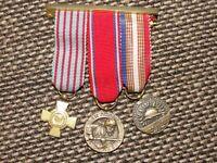 Lot de 3 médailles réductions WW1 Croix du Combattant , Verdun (Révillon), UNC