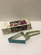 Vintage Collectible 1990 Retro Cake Cutter New In Box