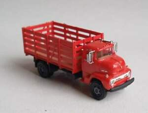 TT scale (1:120) model of the American truck 1956 Ford COE (cab-over-engine)