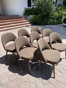 Set Of 8 Saarinen For Knoll Executive Dining Chairs