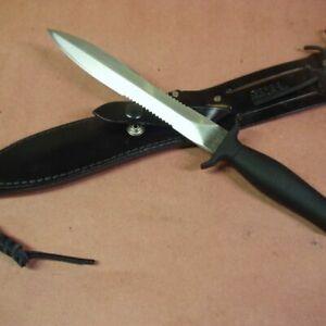 GERBER MKII MK2 FIGHTING DAGGER, SERRATIONS ON BOTH SIDES, BLACK LEATHER SHEATH