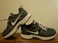 Nike Dart-9 Athletic Boy's Shoes Black-White Color Size 6Y