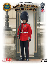 ICM 016001 1/16 World/queen Guards Grenadier Plastic Model Kit
