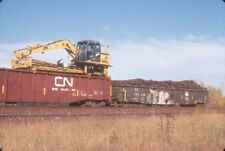 CN MOW TIE PICKER (CANADIAN NATIONAL) --- Original Slide T3-3