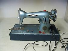 VINTAGE SEWMOR SEW MOR PRECISION DELUXE MODEL 202 HEAVY SEWING MACHINE WITH CASE