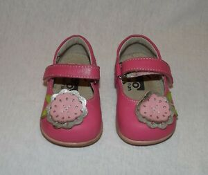 See Kai Run pink maryjane shoes with flowers size 03 toddler HCB