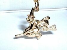 14K YELLOW GOLD 3D HALLOWEEN WITCH ON A BROOM PENDANT CHARM