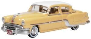 oxford Pontiac Chieftain 4 Door 1954 Winter Maize Yellow 87PC54002 1:87