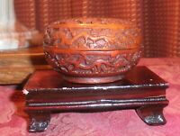 ANTIQUE CHINESE FINALY CARVED CINNABAR LITTLE ROUND BROWN IN COLOR LACQUER BOX