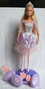 Barbie Dancing Musical Princesses with interactive bracelets - Mattel 2005