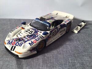 Porsche 911 GT1 24h LeMans 1996 von Anson in 1:18