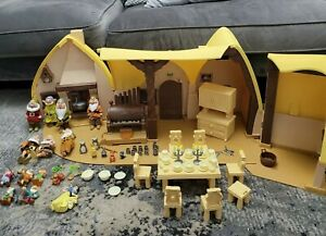 Disney Large Snow White Cottage/house